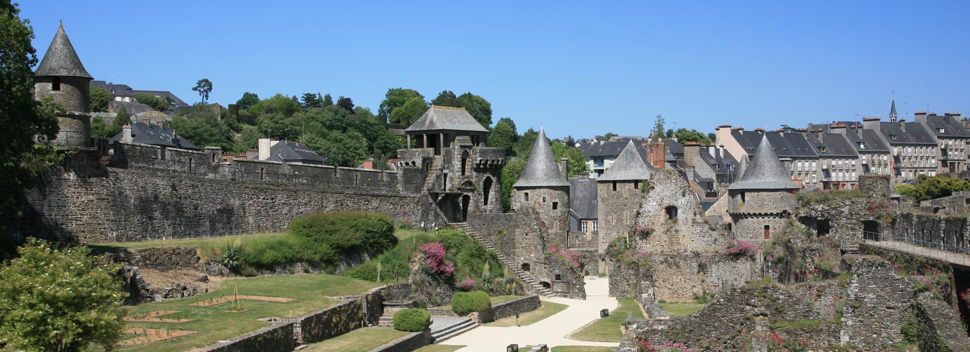 chateau de Fourges