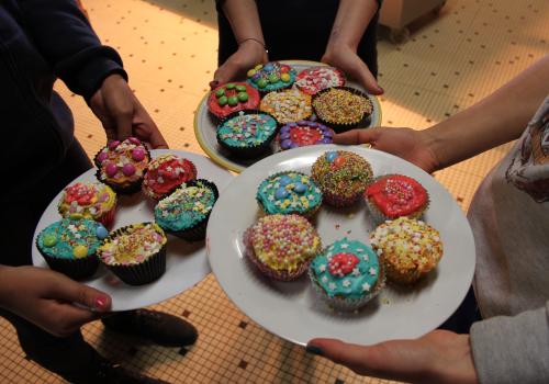 cup cakes realises par les enfants en colonie de vacances anglaise